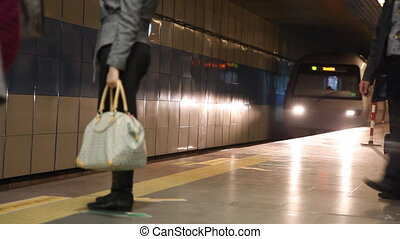 subway station - Subway Train Arrivel, shooting Canon 5D...