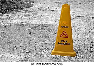 Yellow cone. - Yellow cone, repairs and work in progress...