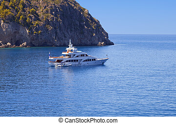 Luxury yacht anchorage in Greece - Luxury yacht anchorage at...