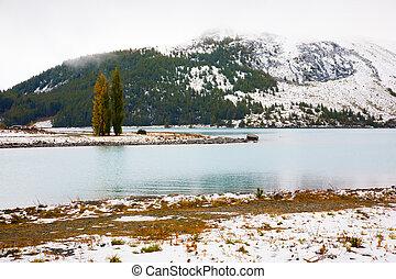 Lake Tekapo in the Mackenzie Basin, South Island, New...