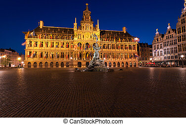 Brabo Fountain and Town hall (1564) at Grote Markt, Antwerp....