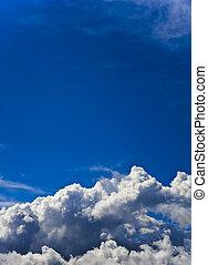 Vertical cloudy sky