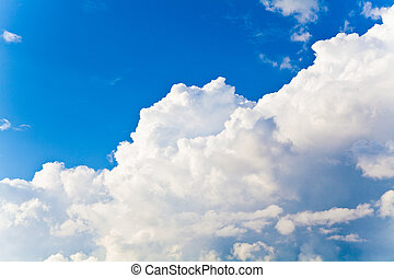 clouds on sky - The blue sky and beautiful white clouds