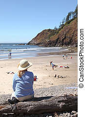 Visiting Ecola state park, Oregon - Taking a break at Indian...