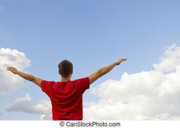 jovem, homem, permanecer, levantado, mãos, contra,...