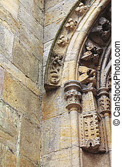 Details on archway of rosslyn chapel - Details on the arch...