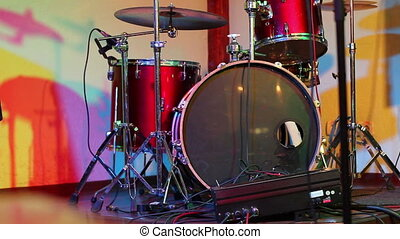 drum set is highlighted in different colors
