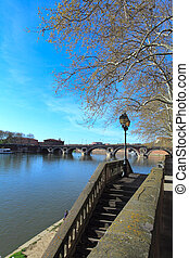 Pont Bridge Neuf XVII c across Garonne, Toulouse, France...