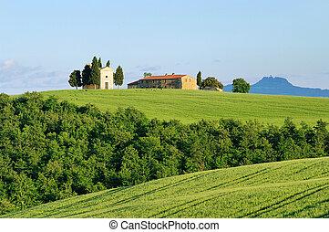 Tuscany chapel 08