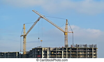 Building - Construction of a monolithic building