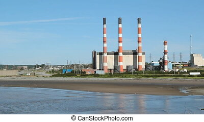 Power plant Two shots - Power plant by the sea 260 Megawatt...
