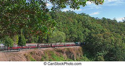 Kuranda train - The Kuranda train on its way to Cairns
