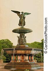 Bethesda fountain Central Park NY