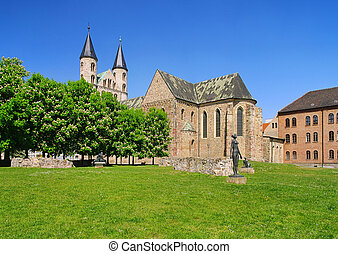 Magdeburg abbey 04