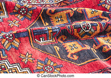 Oriental rug - Richly colored Oriental rug, for sale at an...