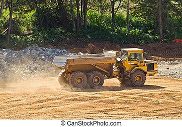 industrial dumptruck - heavy duty dump truck