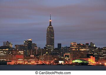 Manhattan from New Jersey - Manhattan before dawn as viewed...