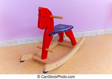 Wooden horse - Wooden toys in a college-shaped wooden horse...