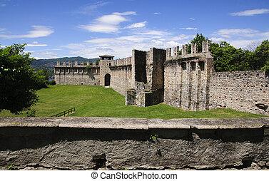 Angera Castle - Fortress (Rocca Borromeo) - Rocca Borromea...