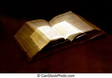 Old book: holy Bible - Version of the eighteenth century the...