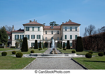 Villa Orrigoni Menafoglio Litta Panza - Surrounded by a...