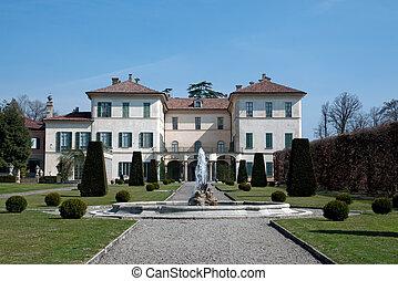 Villa Orrigoni Menafoglio Litta Panza - Surrounded by a...