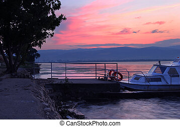 Sunrise on riverbank - beautiful sunrise over Danube in...