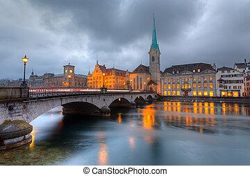 Zurich, skymning