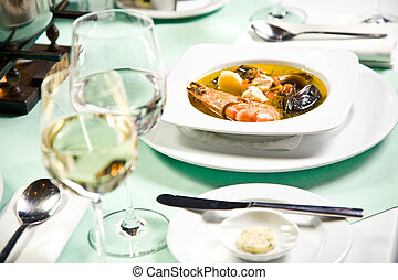 sopa, mariscos