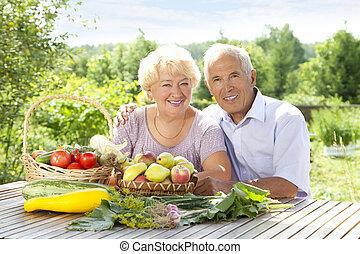 Portrait of loving couple - Portrait of elderly couple with...