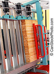 Wood cramp machine - Vertical cramp machine for wood in...