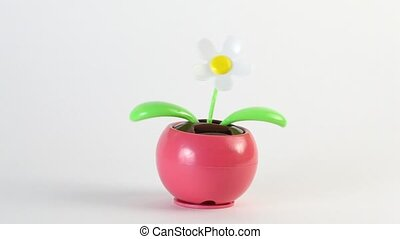 Toy flower moves, this working on solar battery - Toy flower...
