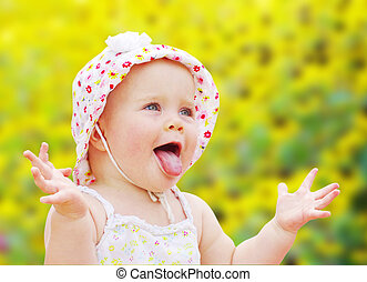 happy baby girl - Portrait of happy baby girl