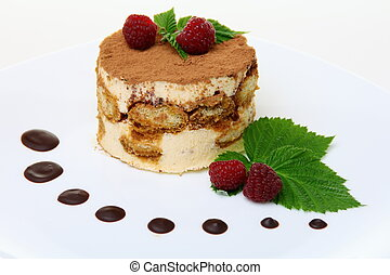 Tiramisu cake with raspberries - Tiramisu cake with...