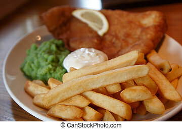 Pub grub - A pub meal of fish chips and mushy peas