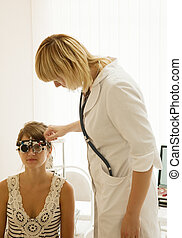 oculist and patient