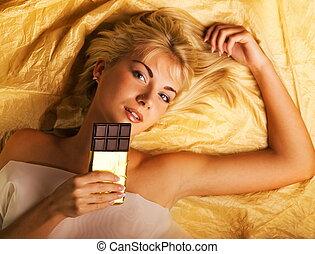 hermoso, niña, chocolate, ansia, acostado, lujo,...