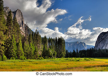 In Yosemite National Park - The sunset in Yosemite National...