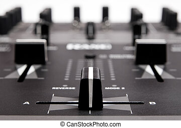 Professional Mixing Controller for dj - Sound and voice...