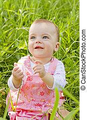 bebé, niña, pasto o césped, feliz