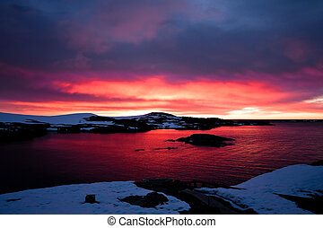 sunset in Antarctica - Summer sunset in Antarctica Beautiful...