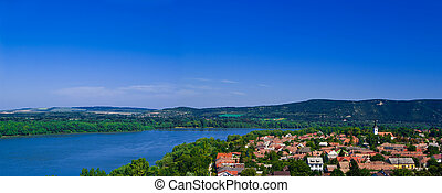 The Danube curve panorama - The Danube curve - view from...