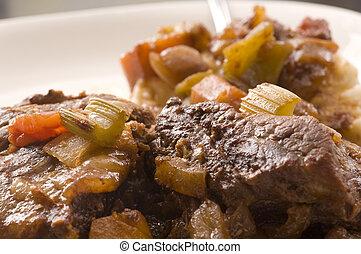 costelas, shortinho, carne