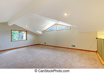 Large new room with beige carpet - Large white new room with...