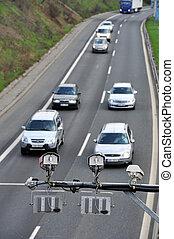 Traffic control - Radar control cars