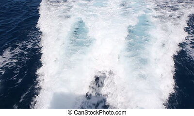 Caribbean wake - Wake from a twin engine dive boat Dominican...