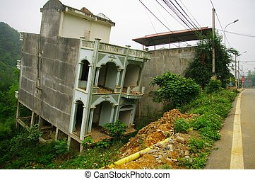 Solid house - In Vietnam, the professionals are not always...