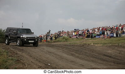 Two steep jeep in the race