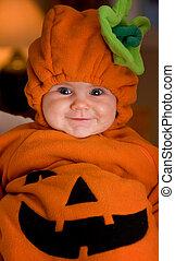 Halloween baby - Baby girl in Halloween pumpkin outfit
