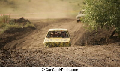 Race for special vehicles - Extreme off-road racing to...